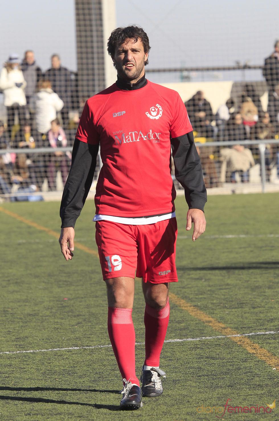 Kiko Narváez durante el partido de fútbol solidario