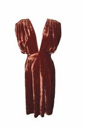 Vestido con escote de vértigo de LefreakOlé