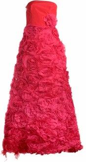 Vestido lleno de rosas de Rosa Moreno