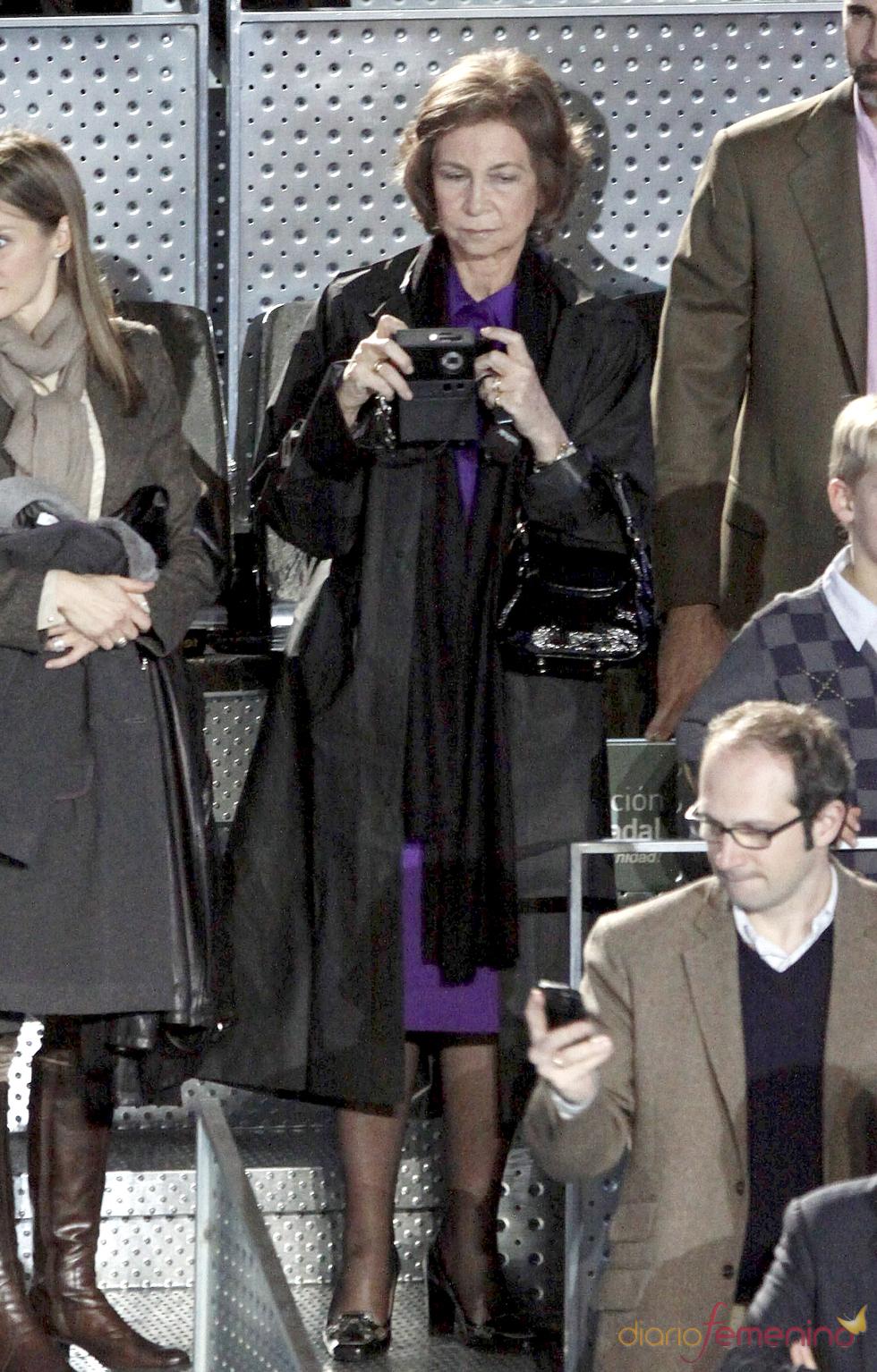 La Reina Sofía inmortalizó el partido de la Fundación Rafa Nadal