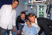 Sergio Ramos, Xavi Alonso y  Pablo Prigioni, solidarios