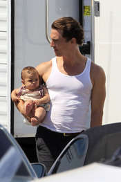 Matthew McConaughey con su hija Vida