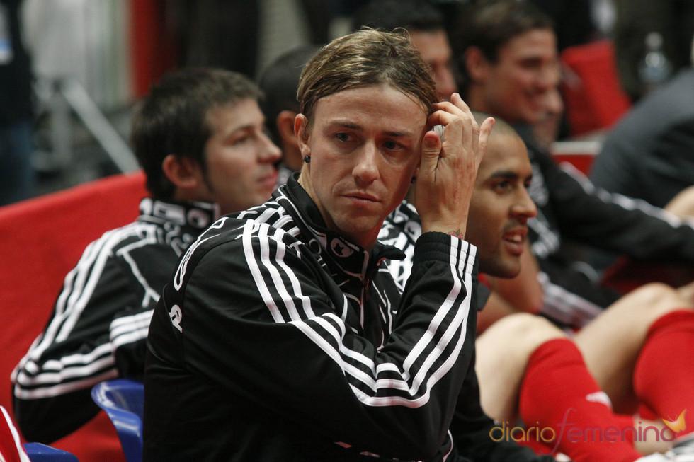 Guti no quiso perderse el partido de fútbol benéfico