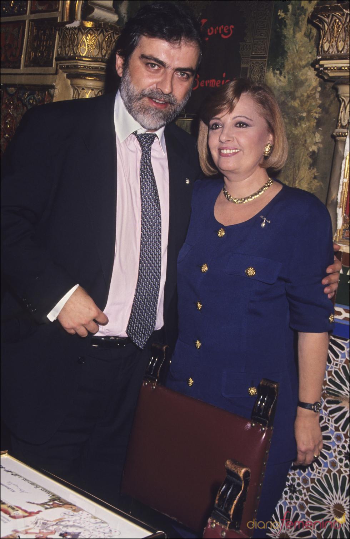 Luis Mariñas con María Teresa Campos en los 90
