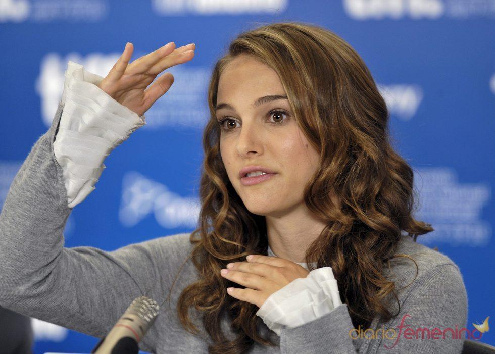 Natalie Portman, compromerida y embarazada