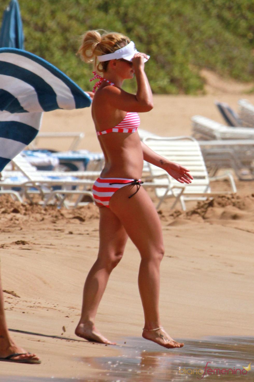 Britney Spears en la playa en septiembre de 2010
