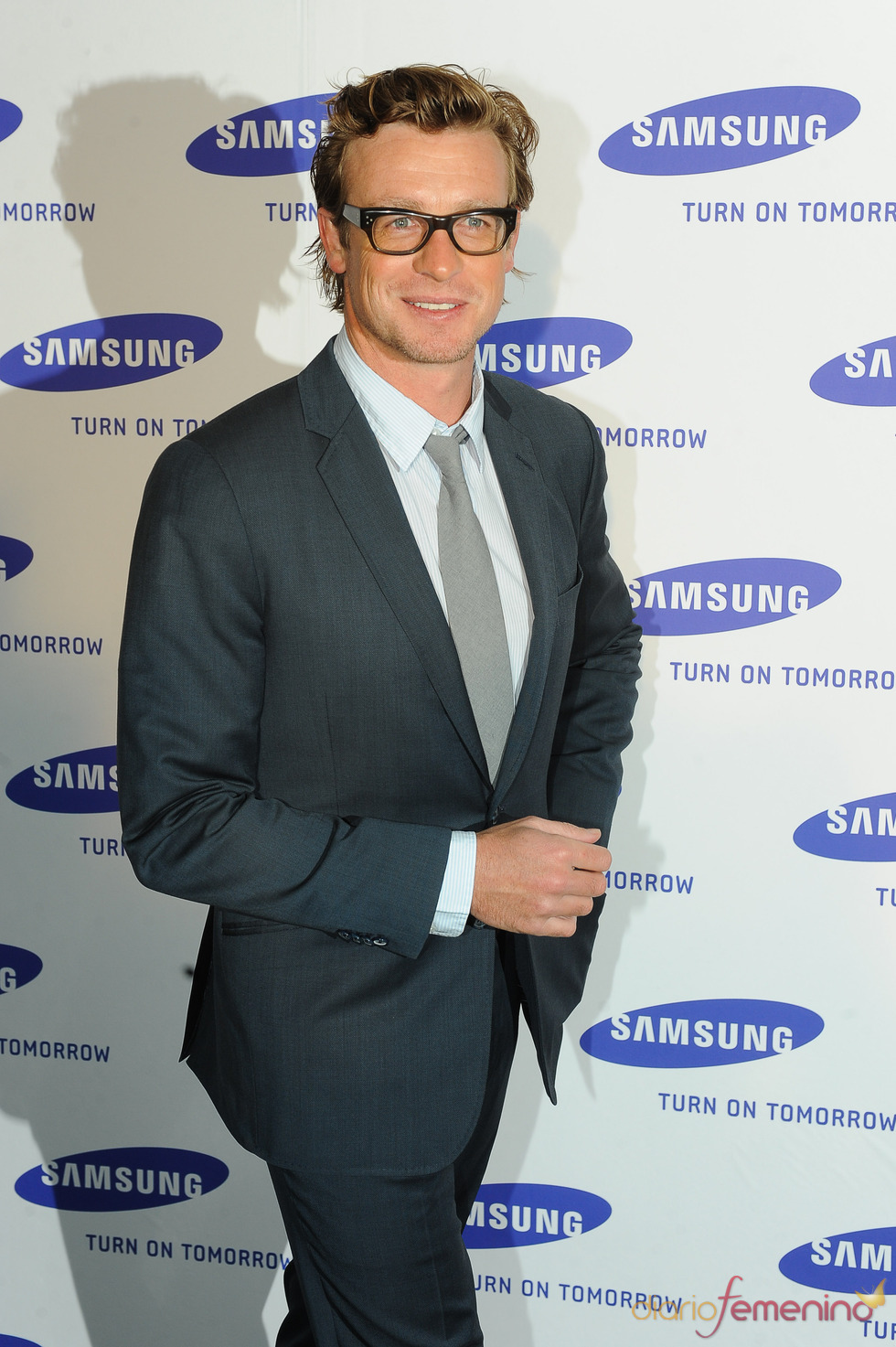 Las gafas de Simon Baker crean tendencia