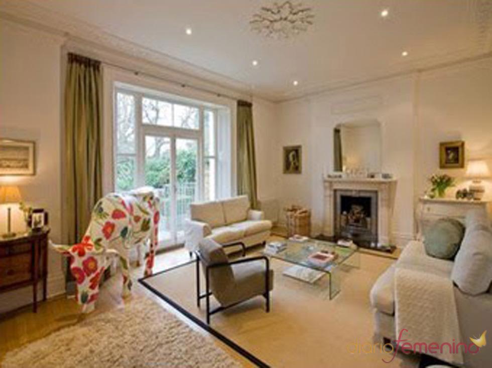 El salón de la casa de Jude Law y Sienna Miller