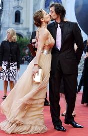 Elsa Pataky y Adrien Brody, muy apasionados