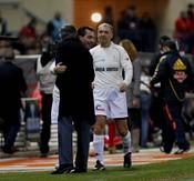 Mourinho con los ex futbolistas Futre y Milinko Pantic