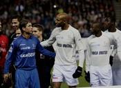 Los futbolistas, en su partido más solidario