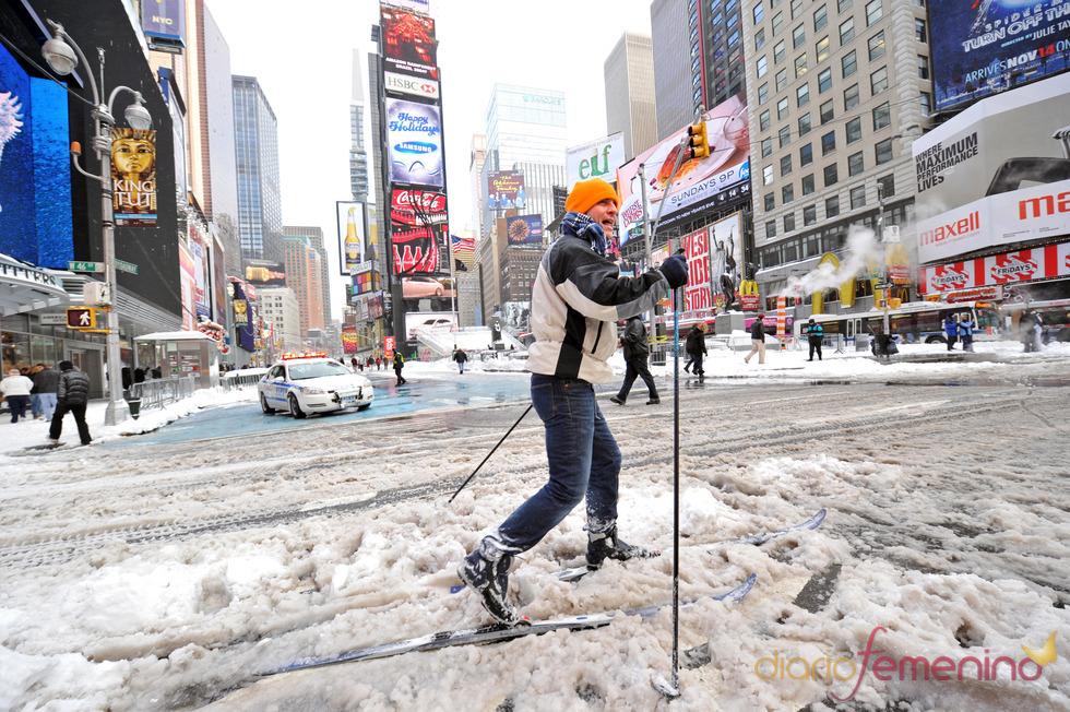Nueva York disfruta de unas navidades 'blancas' gracias a una gran nevada
