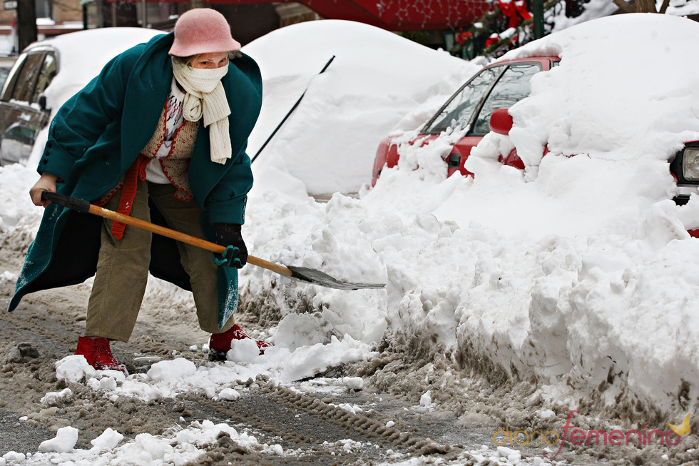 Una gigantesca nevada deja incomunicada a Nueva York