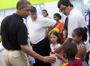 Barack Obama levanta expectación durante sus vacaciones en Hawai