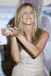 El perfume de Jennifer Anistan es todo un fracaso