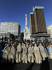Manifestación católica en la plaza de Colón