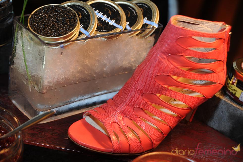 El rojo, un color imprescindible en la colección de primavera/verano de Burak Uyan