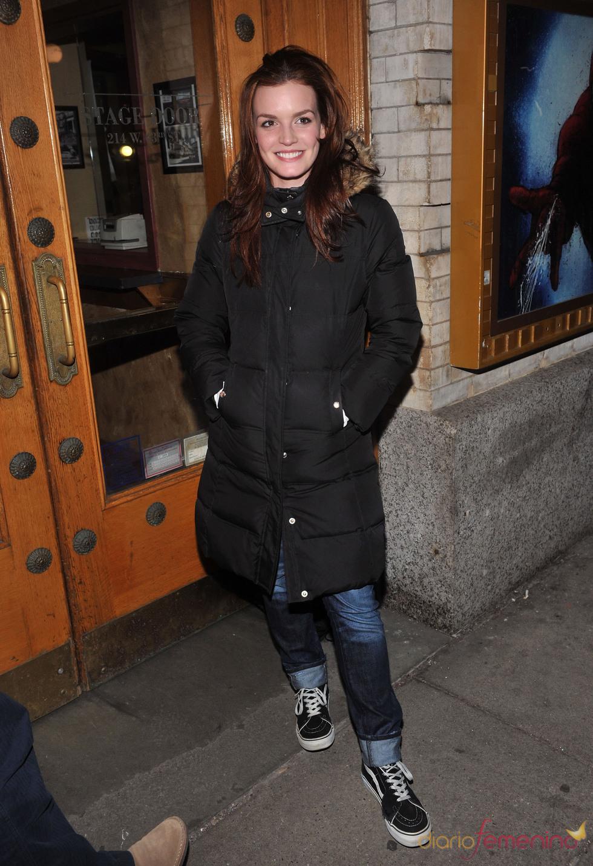 Jennifer Damiano en el estreno de Spider-Man en Broadway