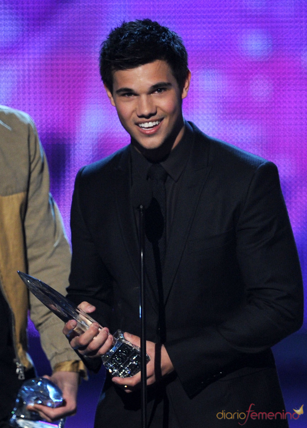 Taylor Lautner en el People's Choice Awards 2011