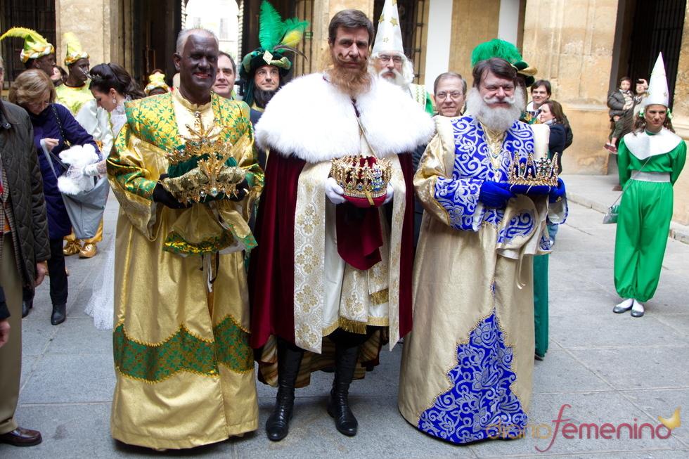 Cayetano Martínez de Irujo, el Rey Gaspar junto a Baltasar y Melchor