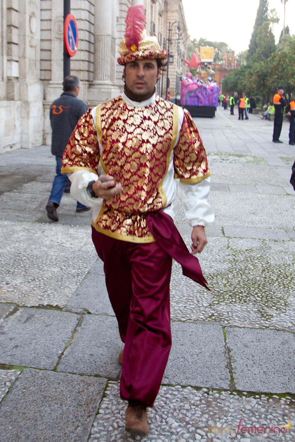 Fran Rivera, paje del Rey Gaspar en la Cabalgata de Reyes 2011 de Sevilla