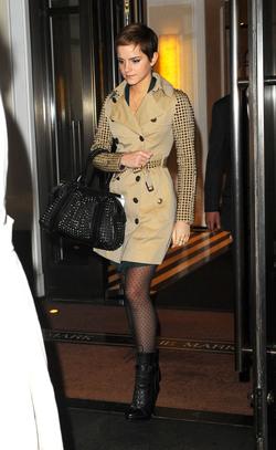 Emma Watson, como sí llevar las tachuelas