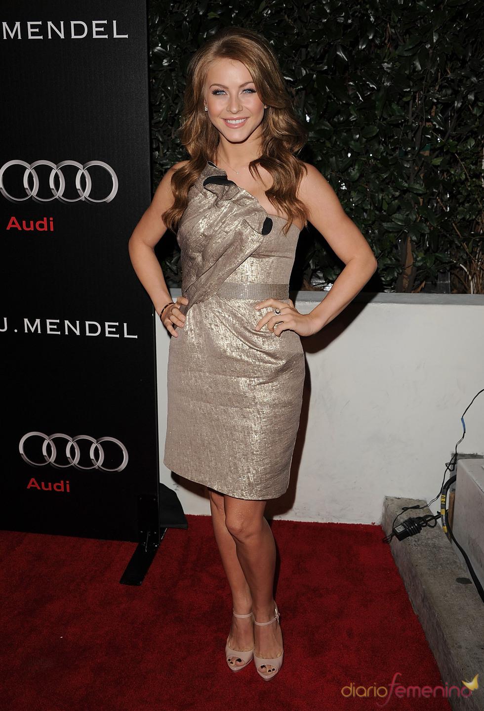 Julianne Hough en la Semana de los Globos de Oro 2011