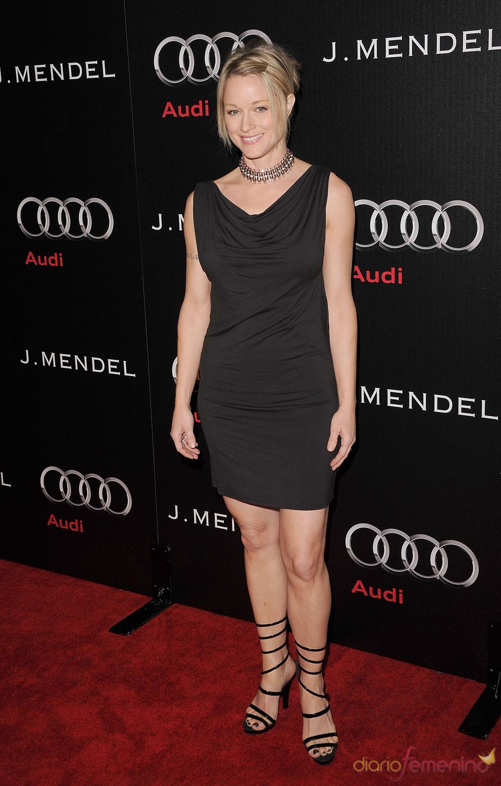 Teri Polo, preparada para los Globos de Oro 2011