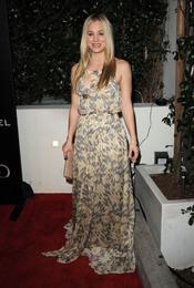 Kaley Cuoco en la Semana de los Globos de Oro 2011