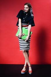 Falda marinera combinada con rojo Topshop p/v 2011