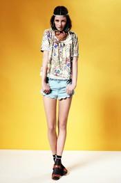 Short combinado con blusón estampado de Topshop p/v 2011