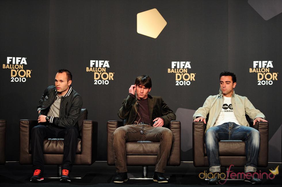 Xavi Hernández, Messi y Andrés Iniesta, finalistas del Balón de Oro 2010