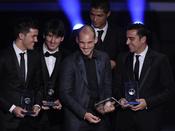 Sneijder, Villa, Messi, Cristiano Ronaldo y Xavi Hernandez en la gala FIFA Balón de Oro 2010