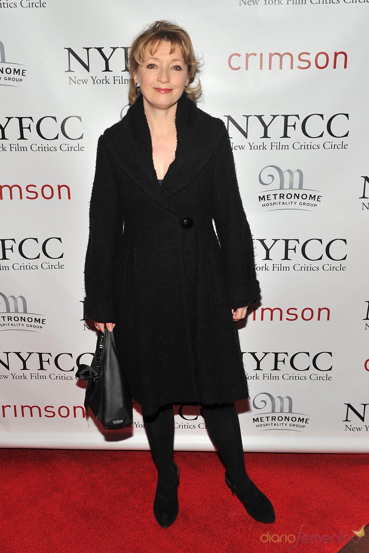 Lesley Manville en la Gala de los Premios Critics 2011