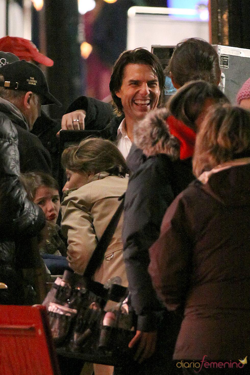 Tom Cruise, muy contento con la visita de Katie Holmes y Suri