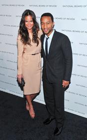 Chrissy Teigen y John Legend en los Premios de la Junta Nacional de Críticos