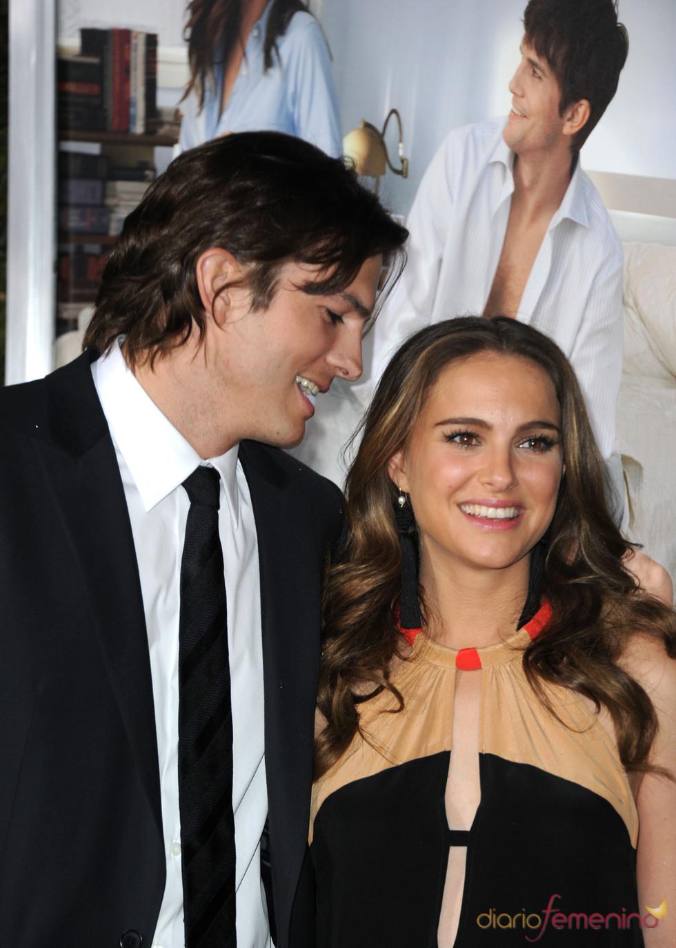 Natalie Portman y Ashton Kutcher en la premier de ' Sin compromiso'