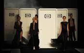 Modelos presentando las creaciones de Filhas de Gaia en la Rio Fashion Winter 2011