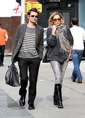 Kate Hudson y Matt Bellamy esperan su primer hijo juntos