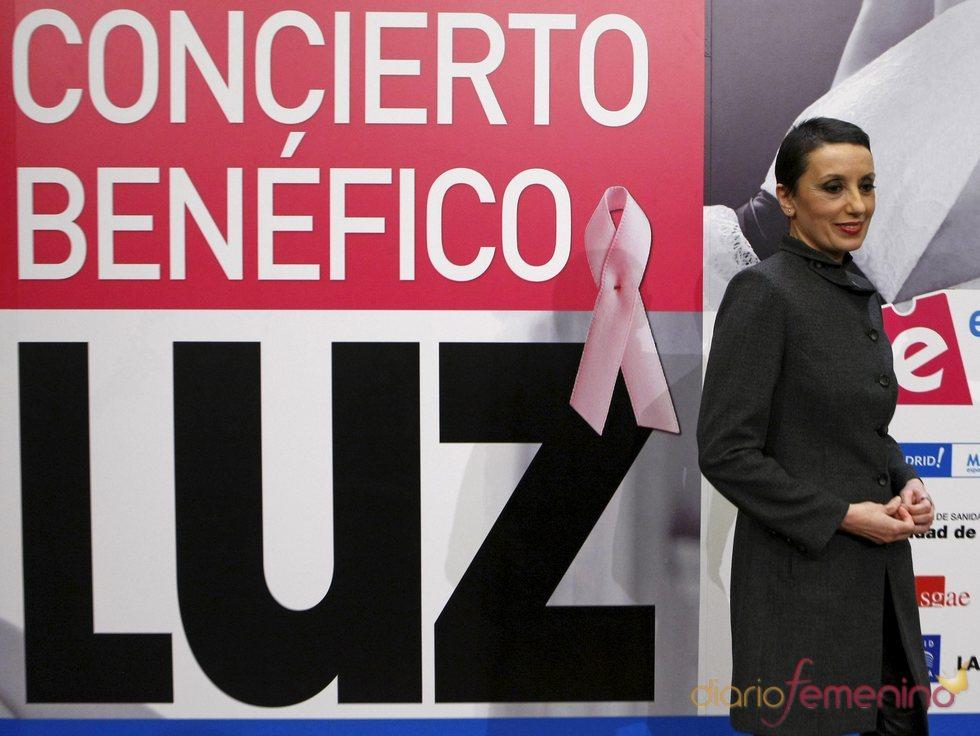 Luz Casal da un concierto benéfico contra el cáncer de mama
