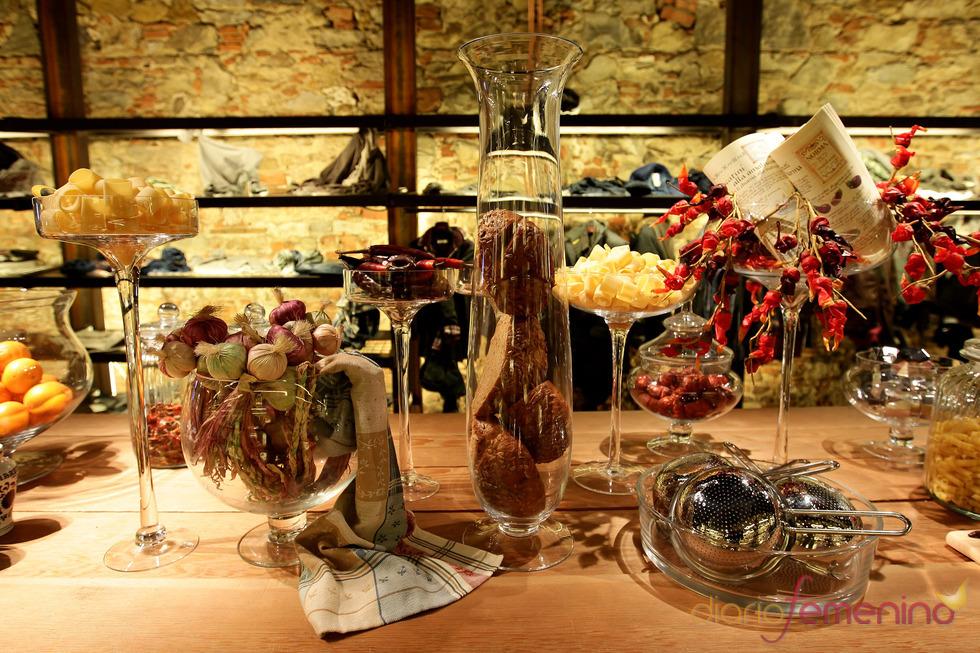 Decoración alimentación nueva tienda Guru en Florencia