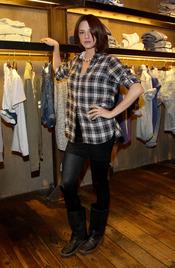 La actriz Asia Argento en la inauguración de la nueva tienda Guru en Florencia