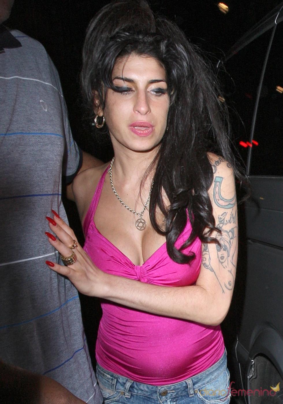 Amy Winehouse, borracha en Londres