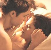 Kristen Stewart y Robert Pattinson desnudos en 'Amanecer'