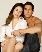 Mario Casas y Blanca Suárez protagonizan 'El Barco'