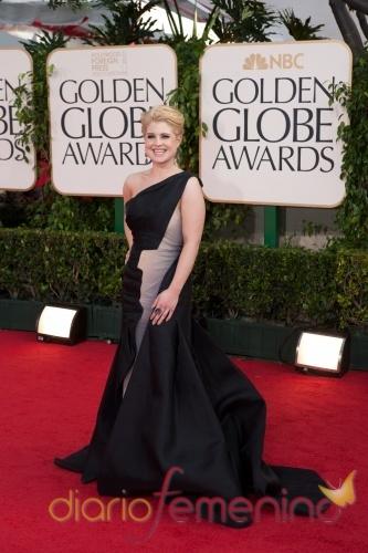 Kelly Osbourne en la alfombra roja de los Globos de Oro 2011