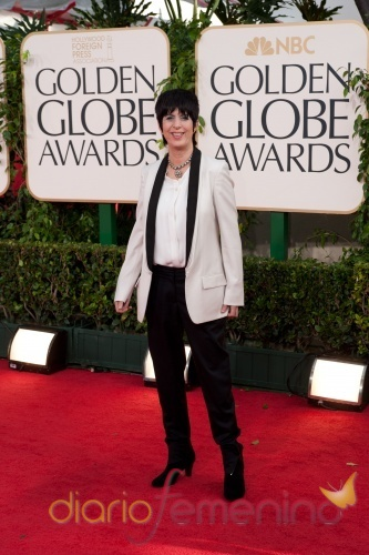 Diana Warren en la ceremonia de los Globos de oro 2011