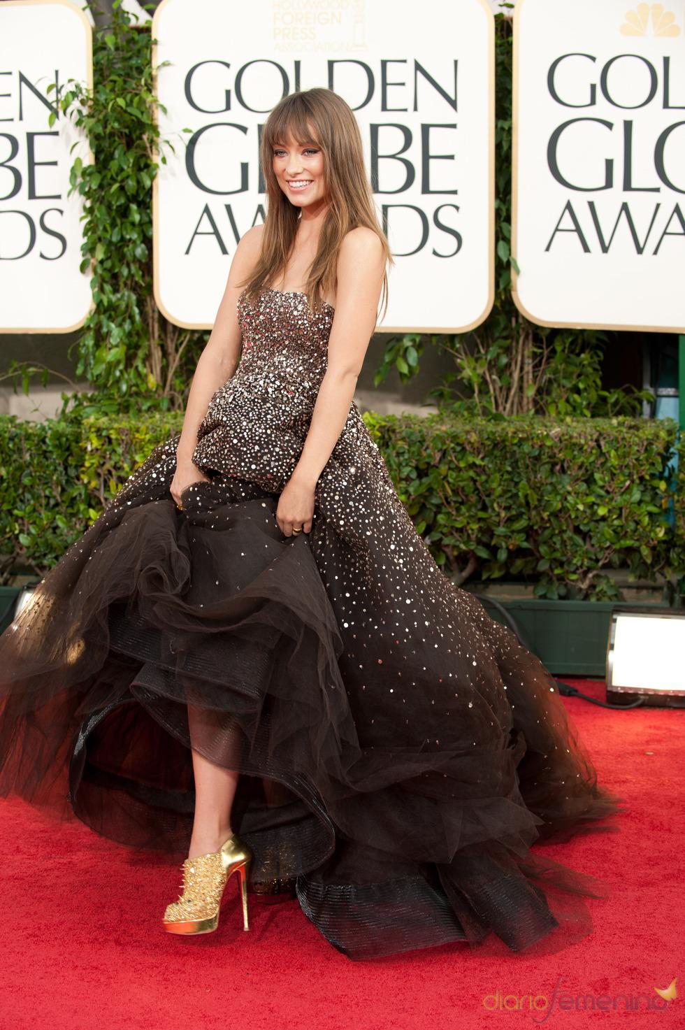 Olivia Wilde, espectacular a su llegada a los Globos de Oro 2011