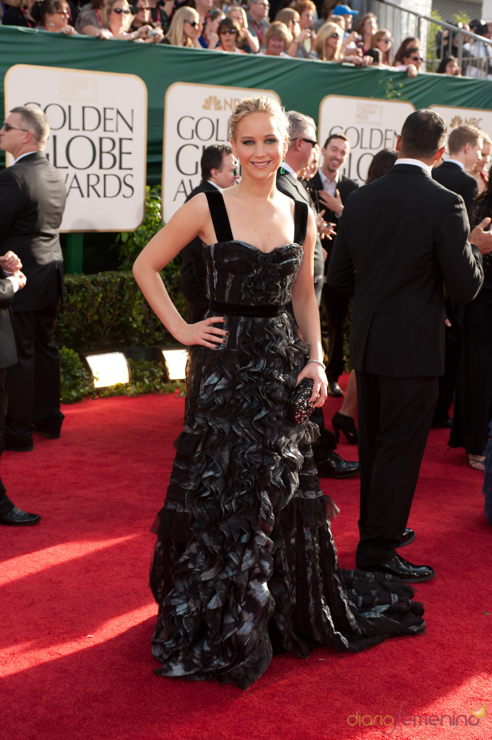 Jennifer Lawrence en la alfombra roja de los Globos de Oro 2011