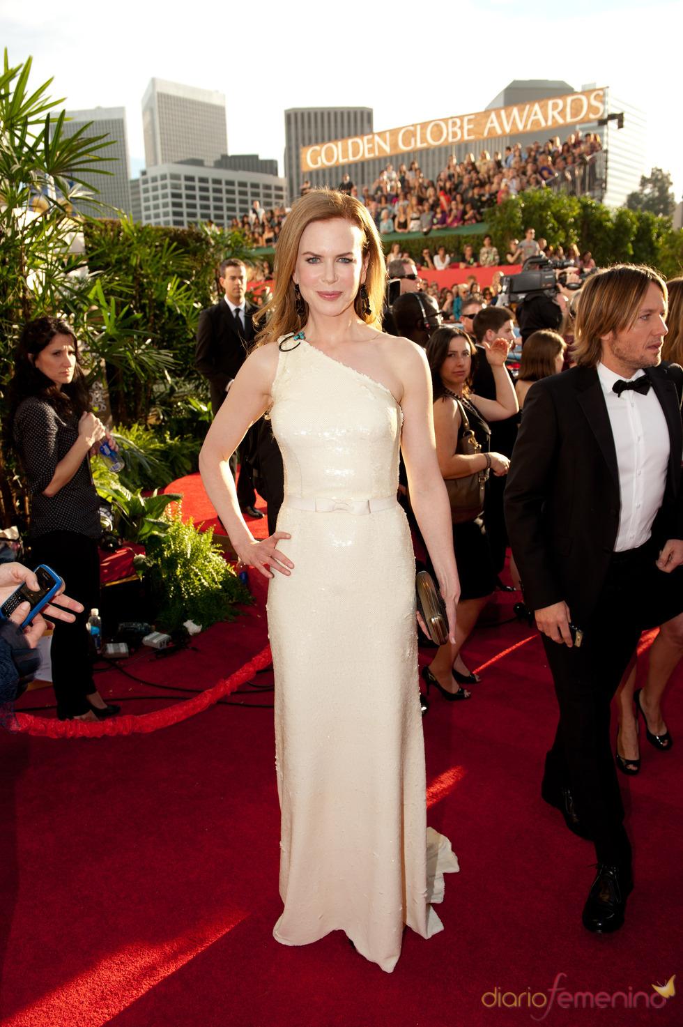Nicole Kidman en la alfombra roja de los Globos de oro 2011